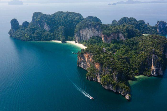 ทัวร์เกาะห้อง เรือสปีตโบ๊ท